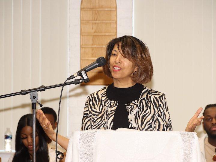 Pastor Cindy Kent leads a service at UMC Van Buren in Washington, DC